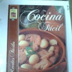 Libros de segunda mano: COCINA FÁCIL. 725 RECETAS FÁCILES. SUSAETA. Lote 188589552