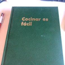 Libros de segunda mano: COCINAR ES FÁCIL. Lote 190501291