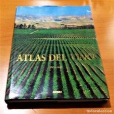 Libros de segunda mano: LIBRO ATLAS DEL VINO. OZ CLARKE. BLUME 1996 EN GRAN FORMATO. Lote 200833926