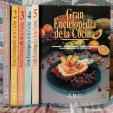 Libros de segunda mano: GRAN ENCICLOPEDIA DE LA COCINA. 5 TOMOS. RECETAS.. Lote 207446000