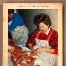 Libros de segunda mano: LA MATANZA O MATANCIO DEL CERDO EN CANTABRIA. CARMEN GONZÁLEZ ECHEGARAY. (1989).. Lote 208113476