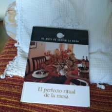 Libros de segunda mano: EL ARTE DE SERVIR LA MESA. EL PERFECTO RITUAL DE LA MESA. Lote 210573291