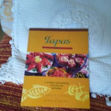Libros de segunda mano: TAPAS Y OTROS ENTRANTES TÍPICOS DE ESPAÑA. Lote 210574143