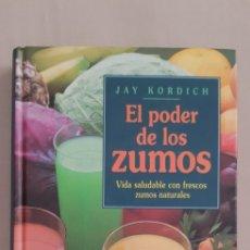 Libros de segunda mano: LIBRO EL PODER DE LOS ZUMOS. Lote 216606352
