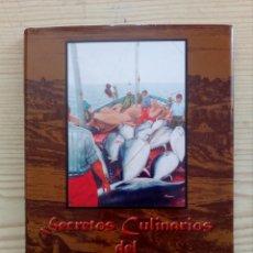 Libros de segunda mano: SECRETOS CULINARIOS DEL ATUN DE ALMADRABA - 2001 - CONIL DE LA FRONTERA. Lote 219167306