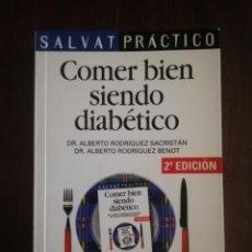 Libros de segunda mano: COMER BIEN SIENDO DIABETICO. SALVAT. 400 RECETAS. 2000. PAG 255.. Lote 219705230