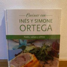 Libros de segunda mano: COCINAR CON INÉS Y SIMONE ORTEGA PATÉS, SALSAS Y ALIÑOS. Lote 228365160