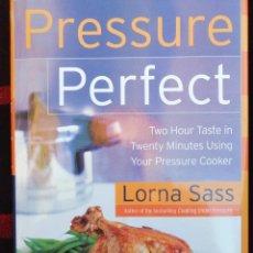 Libros de segunda mano: PRESSURE PERFECT. Lote 232520025
