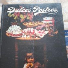 Libros de segunda mano: DULCES POSTRES- WENDY GODFRAY- EDITORIAL EVEREST 1984. Lote 263176910