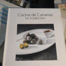 Libros de segunda mano: GRAN LIBRO SOBRE COCINA DE CANARIAS . LA TRADICIÓN. ROGELIO QUINTERO - PEDRO RODRÍGUEZ- ROGER MENDEZ. Lote 263953155