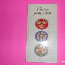 Libros de segunda mano: COCINA PARA NIÑOS, COCINA CREATIVA, ED. ELFOS, TAPA DURA. Lote 273971393