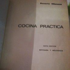 Libros de segunda mano: COCINA PRÁCTICA ROSARIO CIFUENTES 1969. Lote 289196148