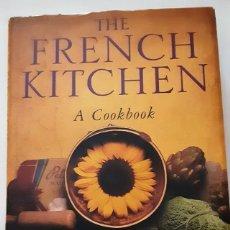 Libros de segunda mano: THE FRENCH KITCHEN: A COOKBOOK - JOANNE HARRIS,FRAN WARDE - 2002. Lote 293922408