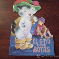 Libros de segunda mano: CUENTO TROQUELADO EL GATO CON BOTAS ILUSTRACIONES CONSTANZA 1984. Lote 28061538