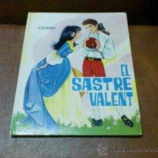 Libros de segunda mano: CUENTOS GRIMM Nº 10 EL SASTRE VALENT I L'AVET.- IL-LUSTRAT MARIA PASCUAL (EN CATALÁ) 1.978. Lote 28823690