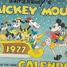 Libros de segunda mano: CUENTO WALT DISNEY MICKEY MOUSE - CALENDAR - IT GLOWS IN THE DARK. Lote 29633296