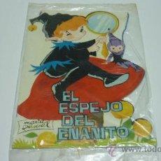 Libros de segunda mano: EL ESPEJO DEL ENANITO. MARIA PASCUAL. CON BANDERIN DE REGALO. ORIGINAL. 1963. Lote 29666212