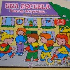 Libros de segunda mano: CUENTO INFANTIL - UNA ESCUELA LLENA DE SORPRESAS - CON VENTANAS - COMICS Y CUENTOS ASTURIAS S.L.. Lote 31180391