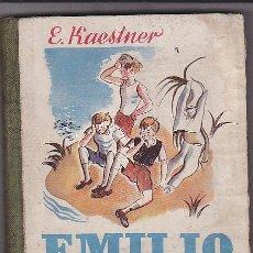 Libros de segunda mano: CUENTO EMILIO Y LOS TRES MELLIZOS 1ª EDICION 1942 EDITORIAL JUVENTUD. Lote 32372387