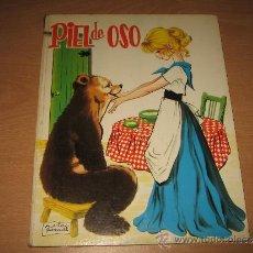 Libros de segunda mano: ANTIGUO CUENTO PIEL DE OSO ILUSTRADO POR MARIA PASCUAL ED.TORAY AÑO 1964. Lote 33801672
