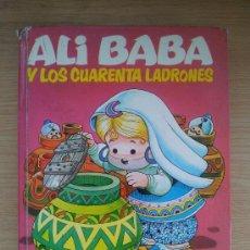 Libros de segunda mano: ALI BABA Y LOS CUARENTA LADRONES. COLECCION DIN DAN. 1974. EDITORIAL BRUGUERA S.A.. Lote 38193820