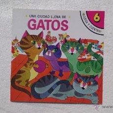 Libros de segunda mano: UN PLANETA LLENO DE GATOS, JUEGA Y CUENTA, SUSAETA, NÚM 6, 1988.. Lote 44673196