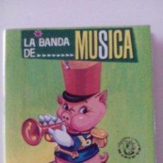 Libros de segunda mano: CUENTO MINIATURA( 10,5CM X 12CM), LA BANDA DE MUSICA,VASCO AMERICANA,1966. Lote 52120458