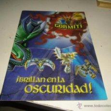 Libros de segunda mano: G-KIO49J GORMITI BRILLAN EN LA OSCURIDAD SIN PEGATINAS ALGUNAS PEGADAS EN EL LIBRO. Lote 53406723
