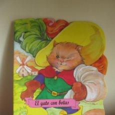 Libros de segunda mano: CUENTO EL GATO CON BOTAS. Lote 54392806