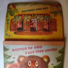 Libros de segunda mano: LOS TRES CERDITOS + RICITOS DE ORO Y LOS TRES OSITOS VOJTECH KUBASTA (1966) TROQUELADO POP UP. Lote 64478423