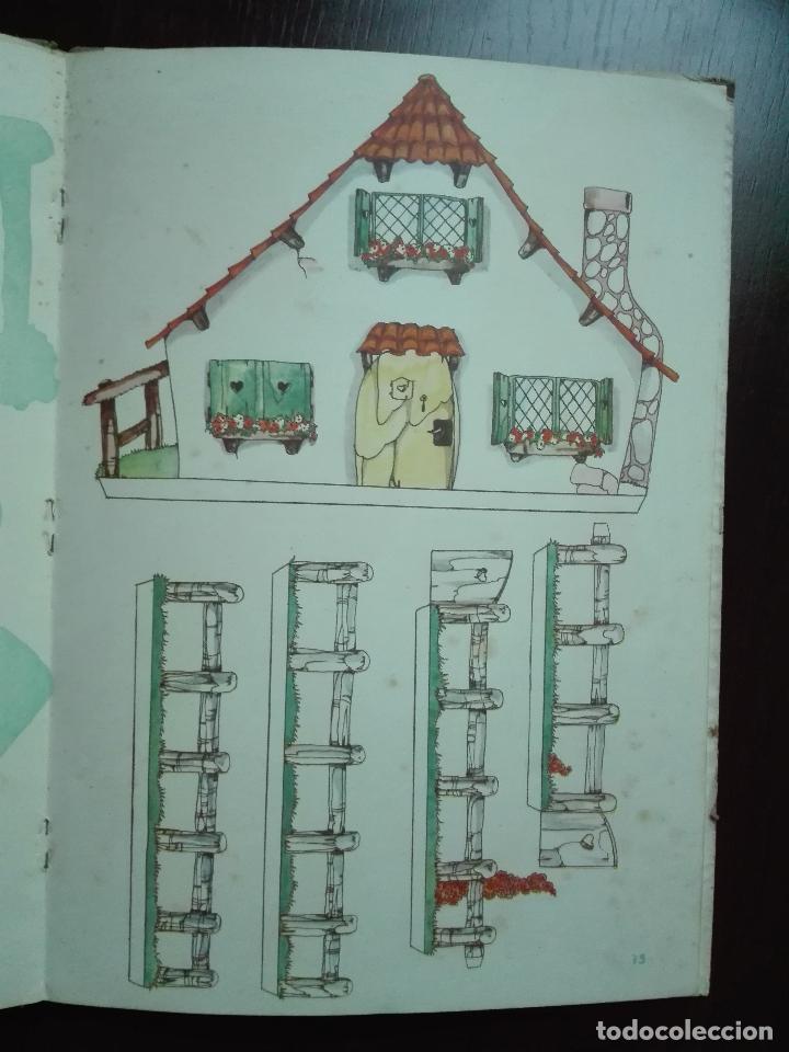 Libros de segunda mano: CAPERUCITA ROJA - CUENTO CON SUPLEMENTOS RECORTABLES - EDICIONES ORVY - ILUSTR. MARIA CLARET - - Foto 7 - 69547049