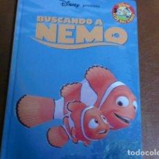 Libros de segunda mano: LIBRO DISNEY.- BUSCANDO A NEMO. Lote 71720967
