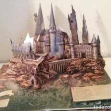 Libros de segunda mano: POP UP HARRY POTTER FILM PHENOMENON DIORAMA DESPLEGABLE TRIDIMENSIONAL . Lote 80387273