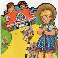 Libros de segunda mano: CUENTO TROQUELADO - EL AUTO NUEVO. Lote 83835920
