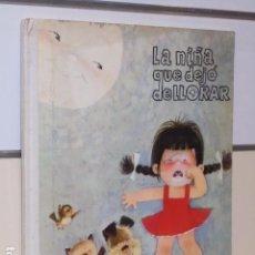 Libros de segunda mano: LA NIÑA QUE DEJO DE LLORAR JUAN FERRANDIZ - EDIGRAF BARCELONA -. Lote 89444232