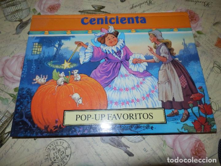 LIBRO - INFANTIL - DESPLEGABLE - POP-UP FAVORITOS - CENICIENTA - ILUSTRA JOHN PATIENCE (Libros de Segunda Mano - Literatura Infantil y Juvenil - Cuentos)