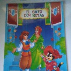Libros de segunda mano: EL GATO CON BOTAS - SERIE PERGAMINO - COLORINES. Lote 105053639