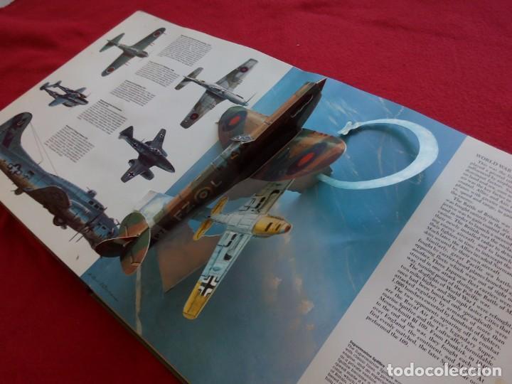 Libros de segunda mano: GRAN LIBRO CON 8 DIORAMAS 29 CMS FLIGHT GREAT 'PLANES 1985 900 GRS - Foto 4 - 105167235