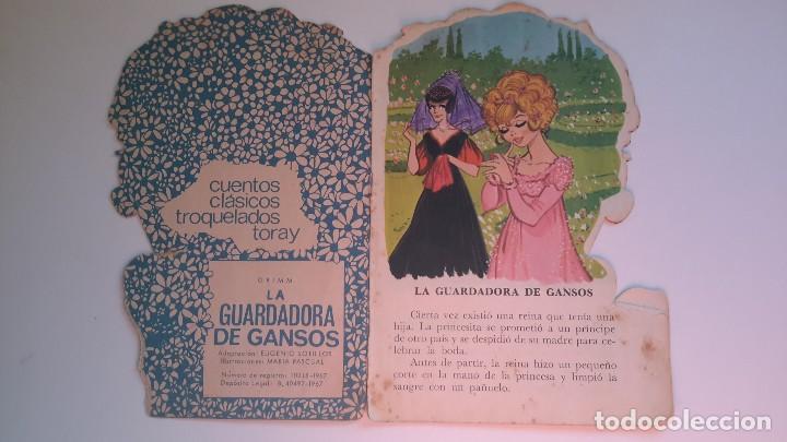 Libros de segunda mano: Cuento troquelado. La guardadora de gansos. Grimm. Il. Maria Pascual. Toray 1967. - Foto 2 - 108803079