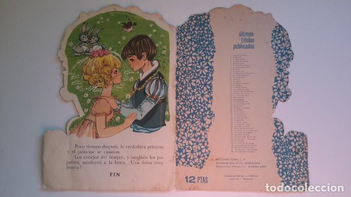 Libros de segunda mano: Cuento troquelado. La guardadora de gansos. Grimm. Il. Maria Pascual. Toray 1967. - Foto 4 - 108803079