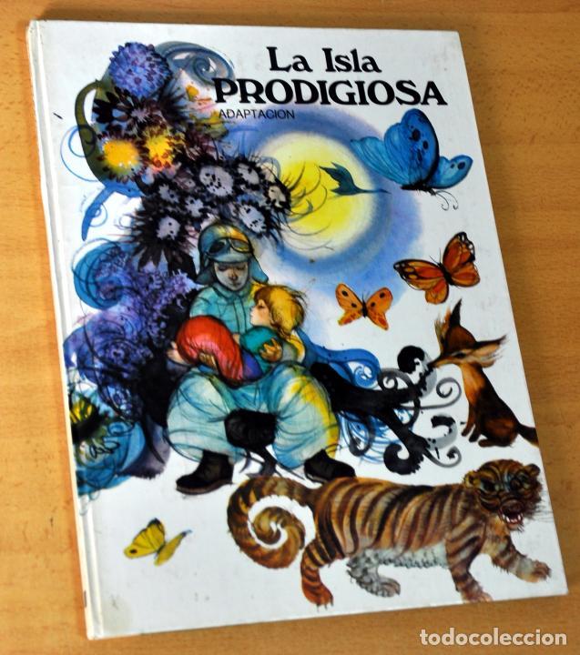 COLECCIÓN ESMERALDA - LA ISLA PRODIGIOSA, ADAPTACIÓN - EDICIONES SUSAETA - AÑO 1974 (Libros de Segunda Mano - Literatura Infantil y Juvenil - Cuentos)