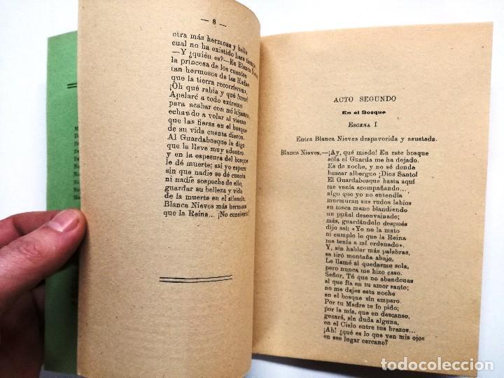 Libros de segunda mano: BLANCANIEVES Y LOS SIETE ENANOS.CUENTO ESCENIFICADO PARA NIÑOS.1945.R.P.GIL - Foto 3 - 110529371