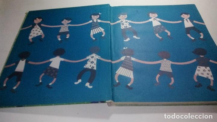Libros de segunda mano: DIAS SIN COLEGIO-coleccion globo colores. aguilar - Foto 3 - 114578879