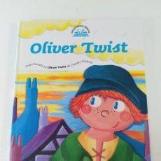 Libros de segunda mano: OLIVER TWIST. MIS PRIMEROS CLASICOS. Lote 115403347
