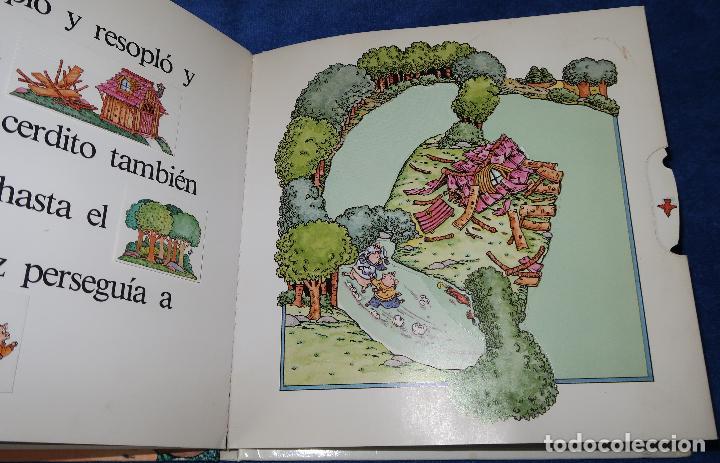 Libros de segunda mano: Los tres cerditos - Libro POP-UP - John Wallner - Montena - Foto 5 - 173716347