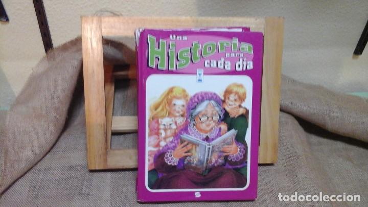 UNA HISTORIA PARA CADA DÍA .SUSAETA EDICIONES 1985 . 316 PÁGINAS (Libros de Segunda Mano - Literatura Infantil y Juvenil - Cuentos)