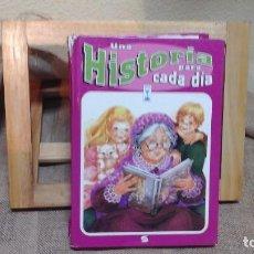 Libros de segunda mano: UNA HISTORIA PARA CADA DÍA .SUSAETA EDICIONES 1985 . 316 PÁGINAS. Lote 121399283