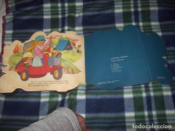 Libros de segunda mano: MARAVILLOSO CUENTO TROQUELADO LA VESPA. EDICIONES A. SALDAÑA. COLECCIÓN CARRUSEL. 1985. - Foto 6 - 121823179