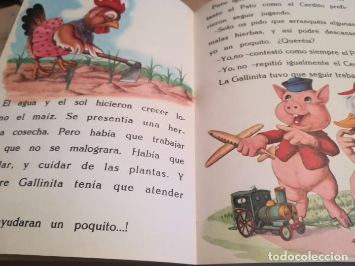 Libros de segunda mano: Caperucita Roja / La gallinita que sembró maíz - 1974 - Foto 6 - 124214375