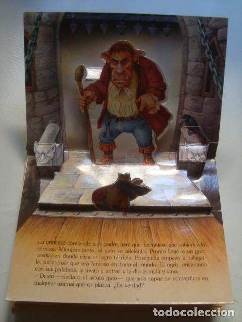 Libros de segunda mano: EL GATO CON BOTAS - JOHN PATIENCE (GRAFALCO, LIBROS EN RELIEVE Nº 2). TROQUELADO POP-UP - Foto 2 - 124491335